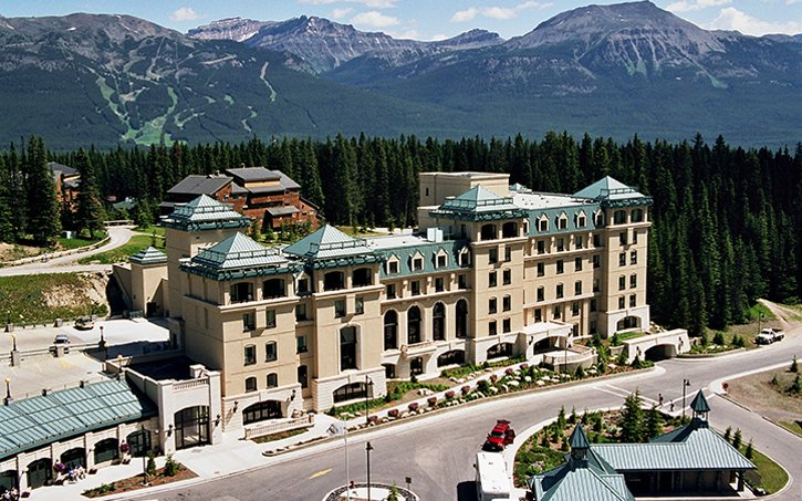 SuncoDrywall_Projects_Chateau_Lake_Louise_Award_Colour
